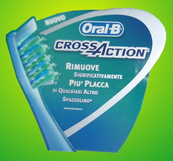 Miscellanea Oral-B Cross Action