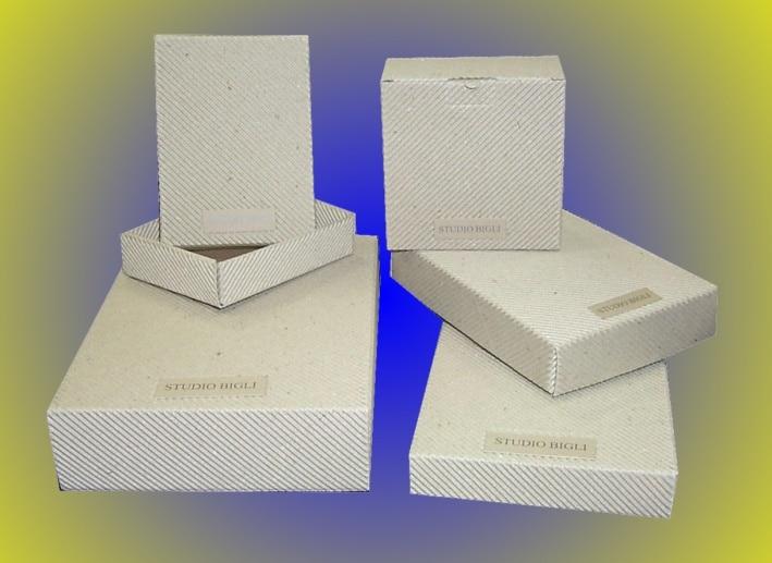 Scatole cartone bianche